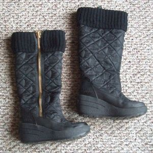 Juicy Couture quilted wedge winter snow boots 6
